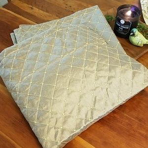 Biltmore Home Euro shams